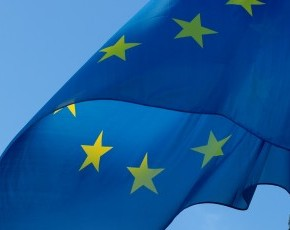 europa_bandiera_tn_290_230
